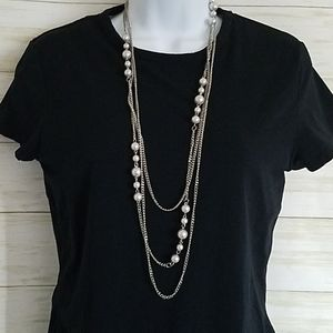 Paparazzi Long Silver and Pearl Necklace